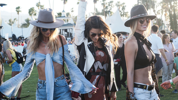coachella-outfits-weekend-one-8.jpg